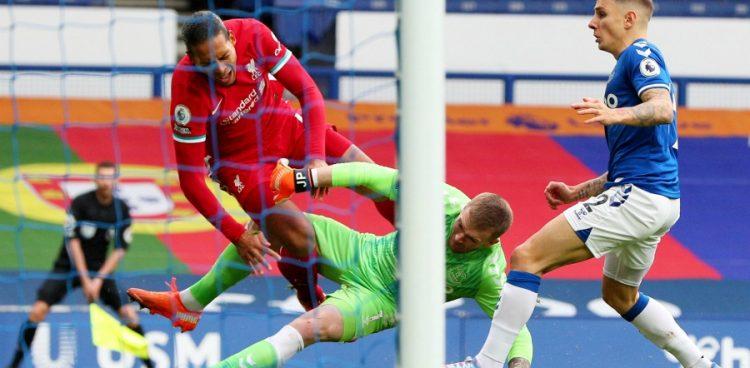 Van Dijk sera opéré des ligaments du genou droit : Aucun délai précis pour son retour