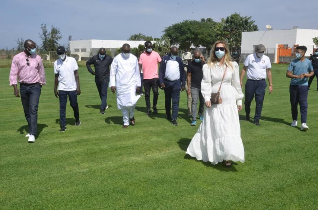 (10 photos) Le Magnifique geste de l'Académie Génération Foot pour le fils de Pape Bouba Diop