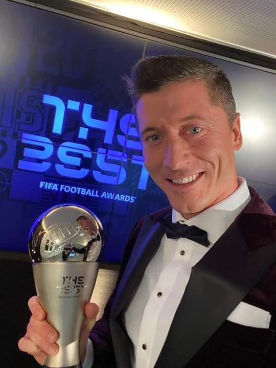 Fifa The Best 2020 Robert Lewandowski Sacr U00e9 Meilleur