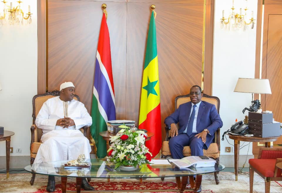 (Photos) Le président Adama Barrow à Dakar pour une visite privée