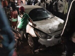 (Photos) Hllm : Une voiture folle termine sa course sur un garçon de 16 ans